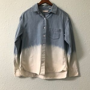 Uniqlo dip dye chambray button up shirt size M